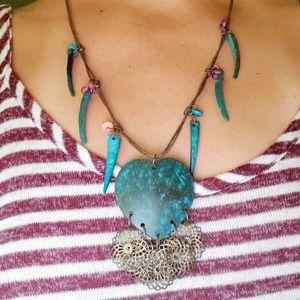 Wimens costume jewelry